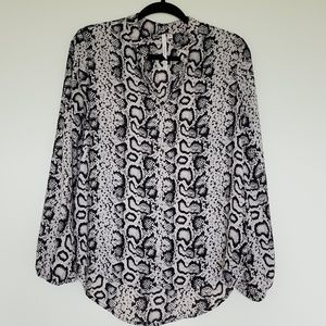 Bellatrix black/cream python print medium blouse